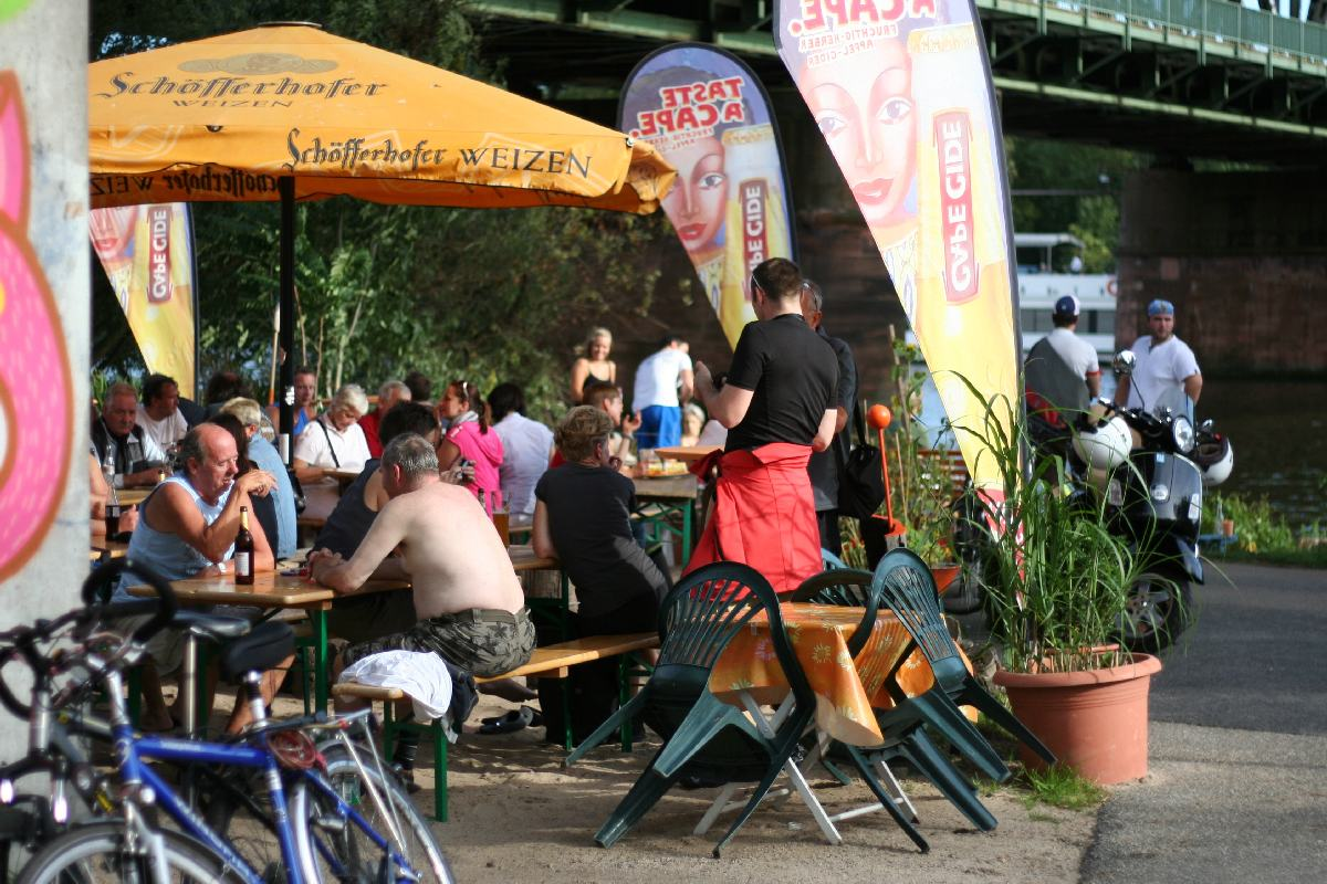 Orange Beach Club Frankfurt