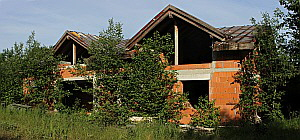 Lost Place: Wohnhausrohbau in Kronberg